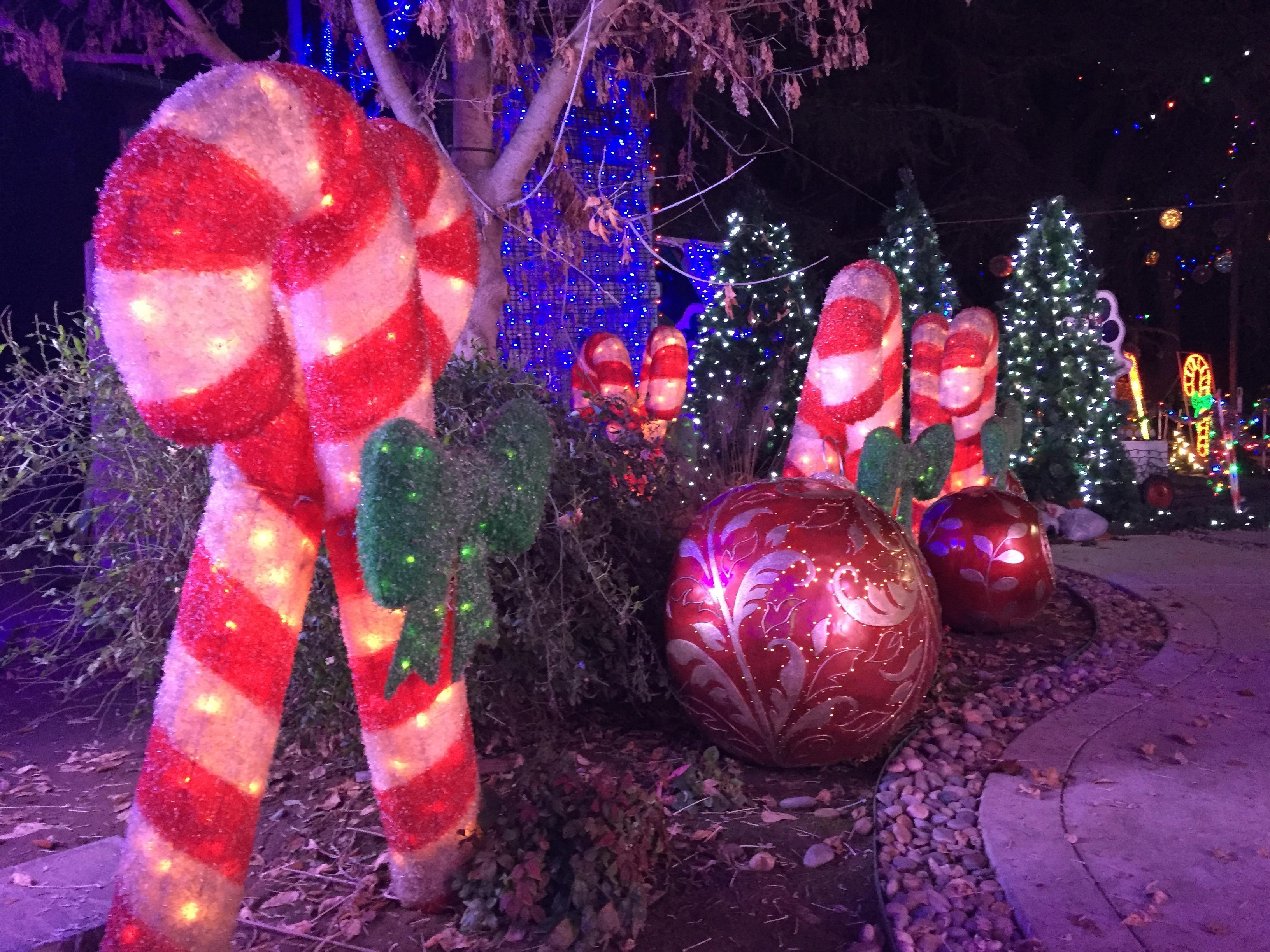 christmas tree lane visalia ca