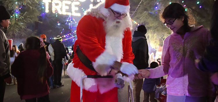 Watch scenes from the first of two walk-nights at Fresno's Christmas Tree Lane